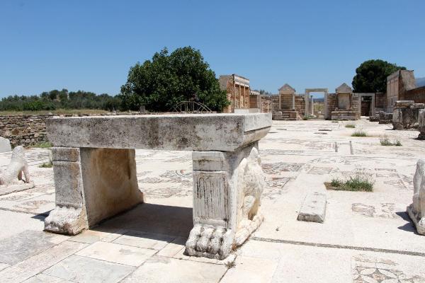 Yahudilerin tarihteki 3 üncü sinagogu ihtişamını koruyor #4