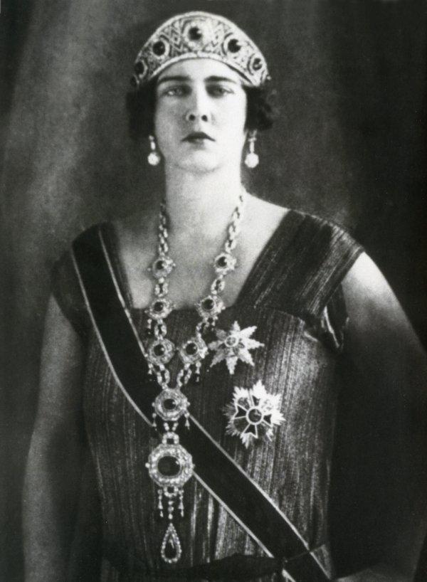Romanya Kraliçesi Maria nın minareli köşkü #3